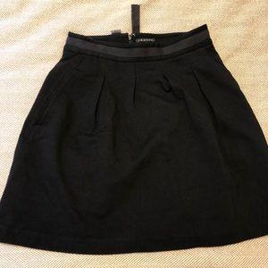 Black theory skirt. Size 0